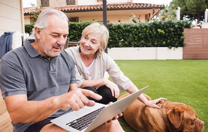 Abilități digitale pentru persoanele cu vârsta de peste 60 de ani